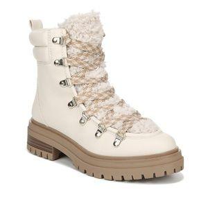 BRAND NEW Sam Edelman snow boots